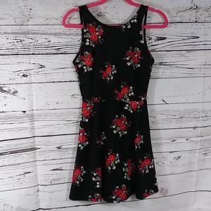Divided h&m black floral dress size 6